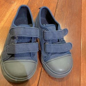 Baby Gap street shoes Velcro navy blue size 8